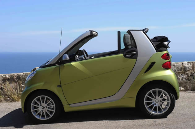 nuova smart fortwo 2011 cabrio e coup. Black Bedroom Furniture Sets. Home Design Ideas